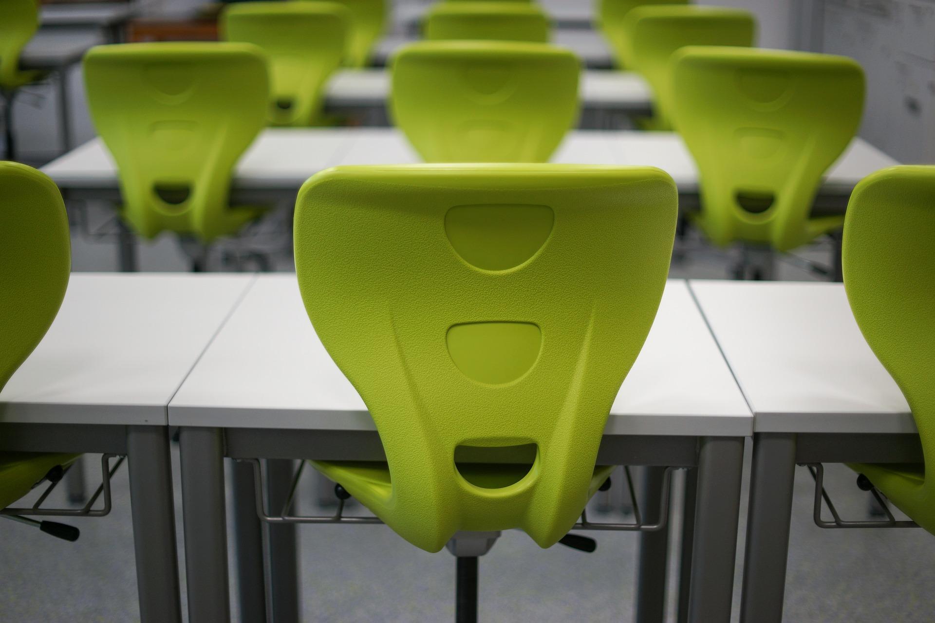 classroom-470680_1920